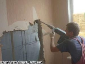 демонтажні роботи у Львові