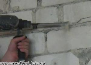 штроблення стін