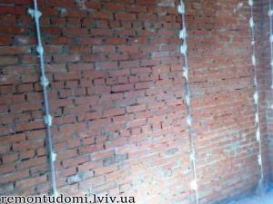 Вирівнювання стін у Львові